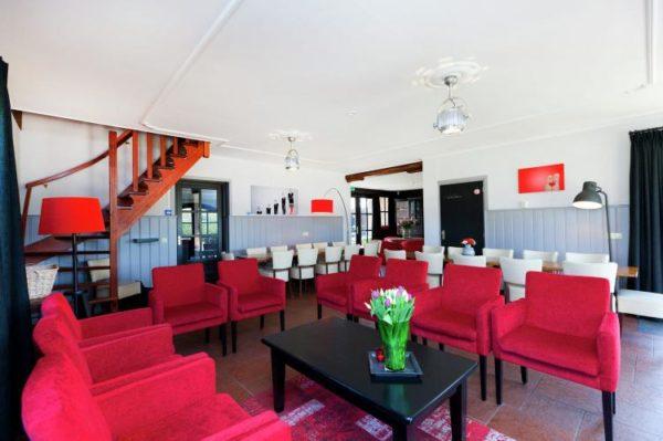 't Woold - Nederland - Noord-Brabant - 26 personen - woonkamer