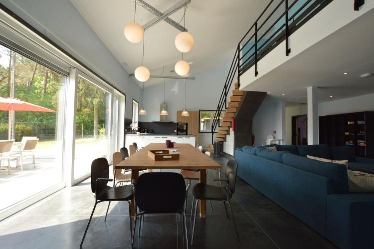 't Huis België Limburg 24 personen woonkamer